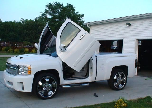 Silverado 07 -14 BOLT- ON LAMBO DOORS - VERTICAL DOORS