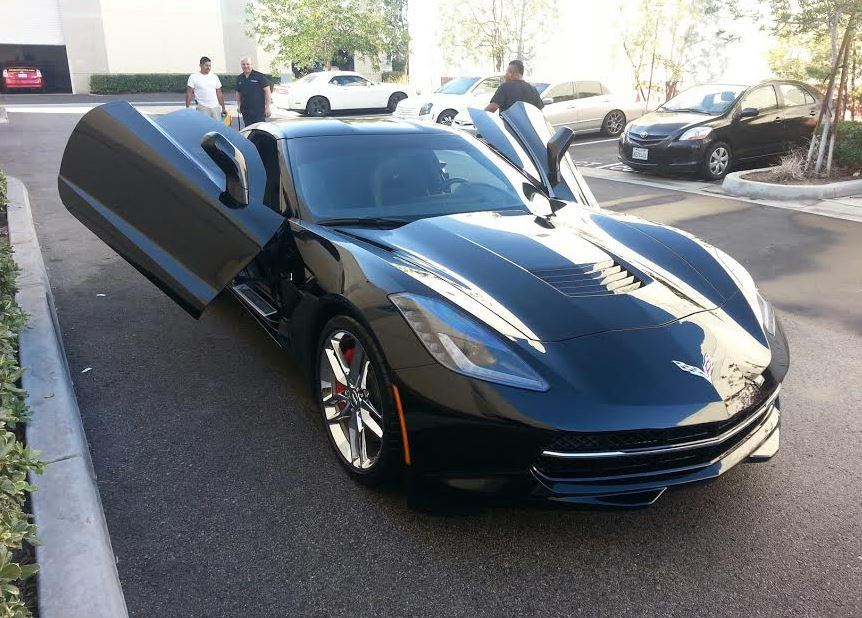 C7 Corvette 2014+ BOLT ON ZLR BUTTERFLY GULLWING DOORS