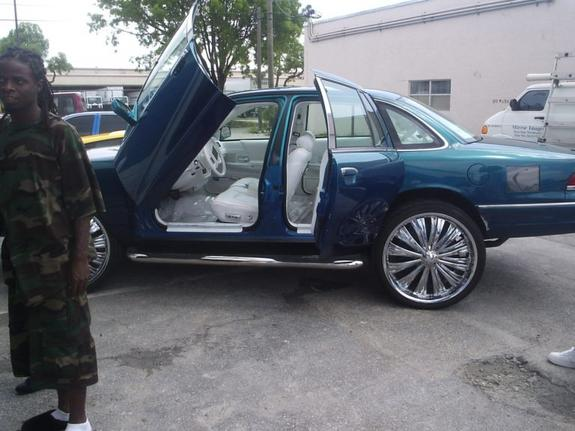Grand Marquis 92-01 SUICIDE DOORS